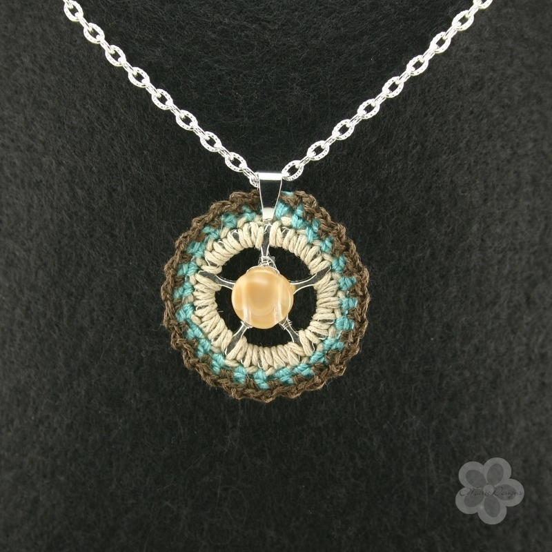 Brown Mother of Pearl Crochet Pendant - Click Image to Close