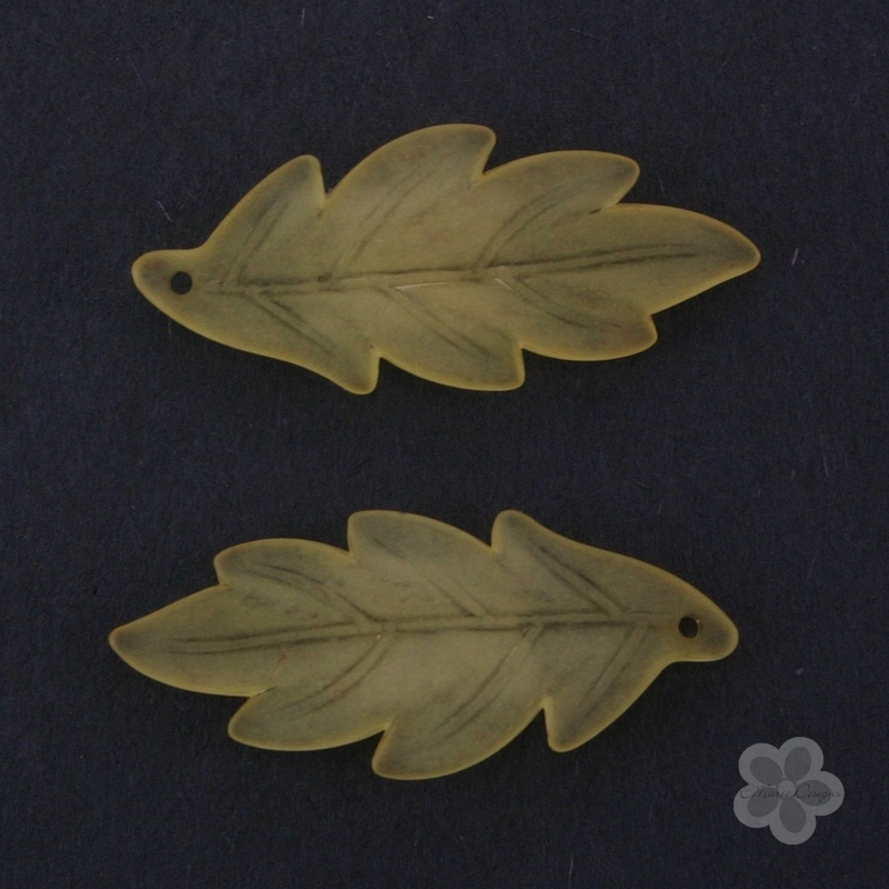 Frosted Acrylic Leaf Pendant - Yellow - Click Image to Close
