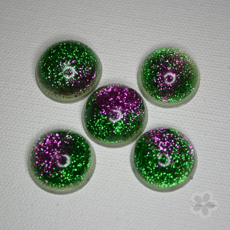 Green and Pink Resin Orbs - Click Image to Close