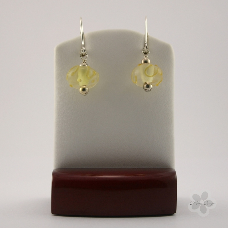 Light Yellow Lampwork Earrings - Click Image to Close