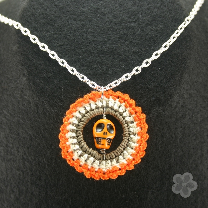 Orange Skull Crochet Pendant - Click Image to Close